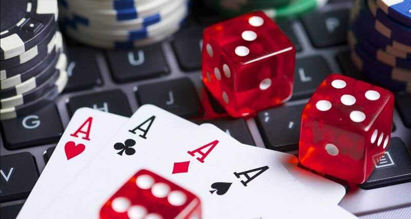 Mơ thấy đánh bài