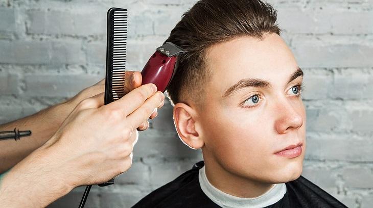 Mơ thấy cắt tóc
